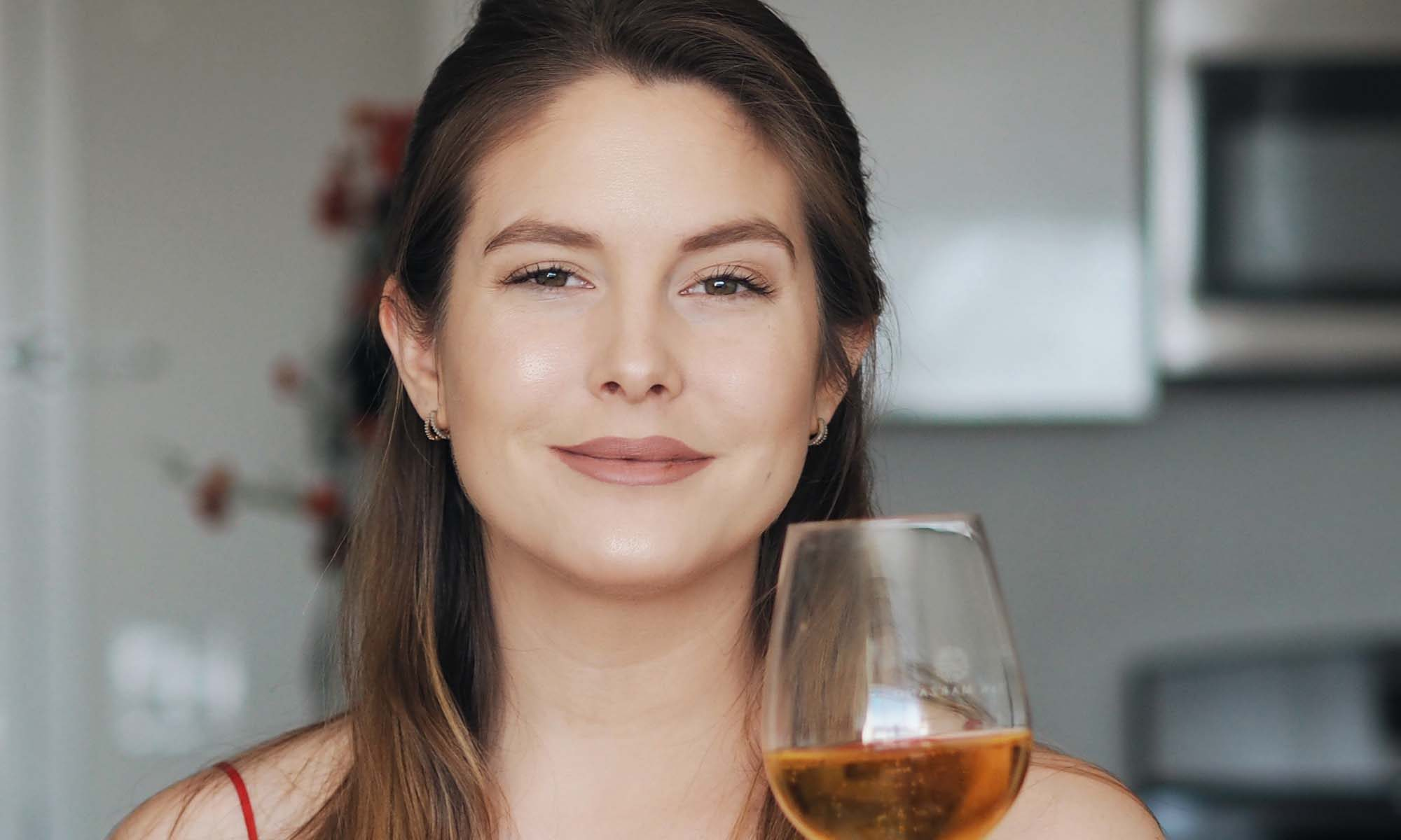 Chelsie Petras, Chel Loves Wine